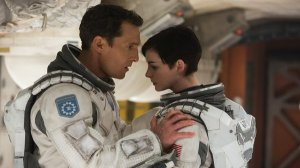 Cooper speaking with Amelia (Anne Hathaway) as they try to determine what to do next as they search for a habitable planet.