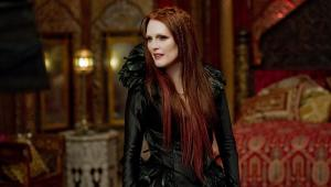 Mother Malkin (Julianne Moore), having returned, she is now back at home, planning her evil ambitions for the world.
