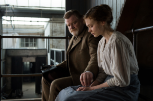 Maud being counselled in custody by Inspector Arthur Steed (Brendan Gleeson).