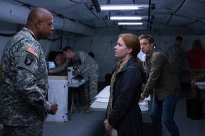 Colonel Weber (Forest Whitaker) telling Louise and Ian (Jeremy Renner) to find out why the aliens have come and what they want. And fast. Otherwise, there will be war.